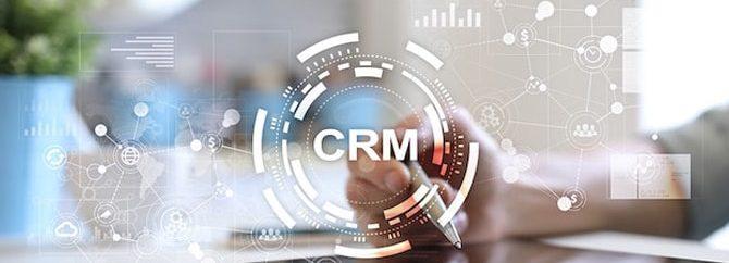 نرم افزار CRM به مدیران چه کمکی میکند؟